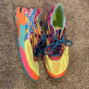 ASICS Gel Noosa Tri 10 Running Shoes 8